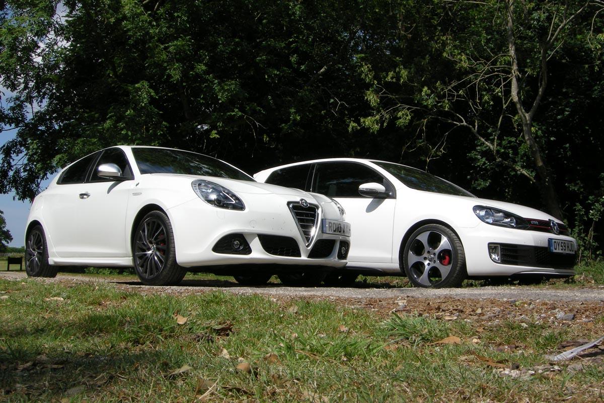 Alfa Giulietta Vs Hot Hatch Rivals Evo