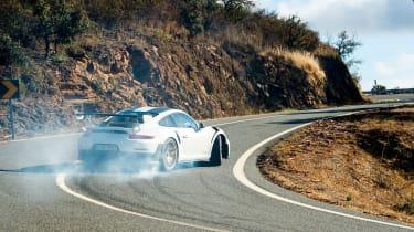 Porsche 911 GT2 RS - slide