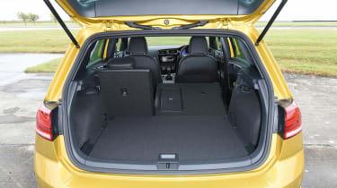 VW Golf - boot