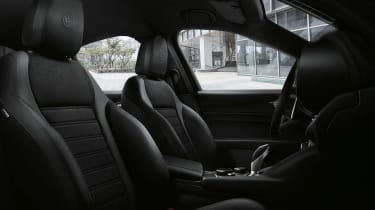 Alfa Giulia MY19 updates - interior Ti