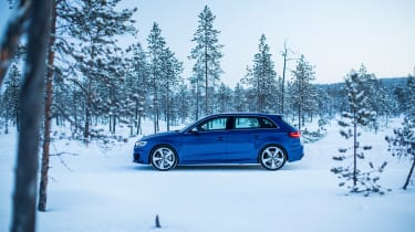 Audi RS3 - snow profile