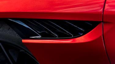 Aston Martin DBS Superleggera - curlicue