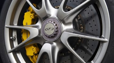 Porsche 911 GT3 wheels and brakes