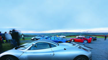 Pagani Zonda S with the issue 100 cars