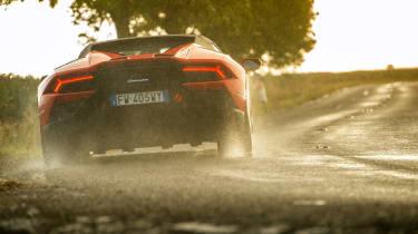 Lamborghini Huracán Evo Spyder – rear slide