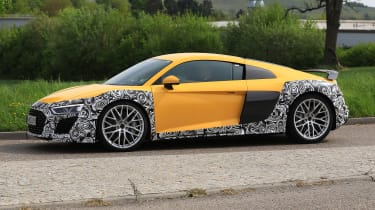 Audi R8 facelift - side