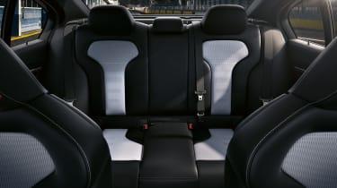 BMW M3 CS  – rear bench