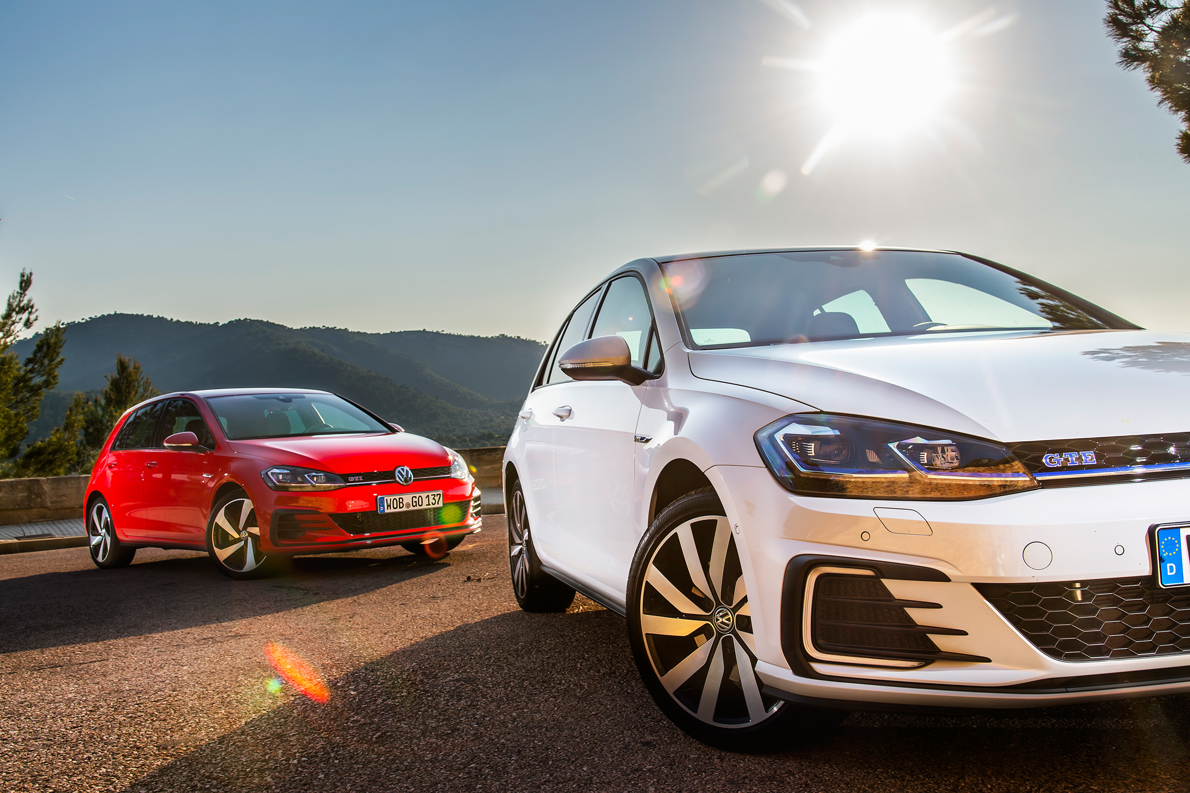 VW Golf GTI vs VW Golf GTE review - is the hybrid hot ...