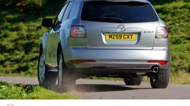 Mazda CX-7 rear cornering