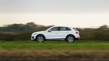 Audi Q5 2021 – pan
