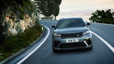 Range Rover Velar SV Auto - front tracking