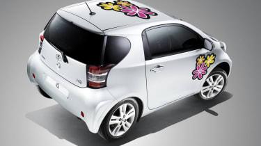 Toyota iQ gets Creative FX treatment