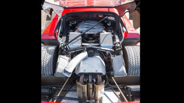 Ferrari turbos 488 F40 - F40 engine