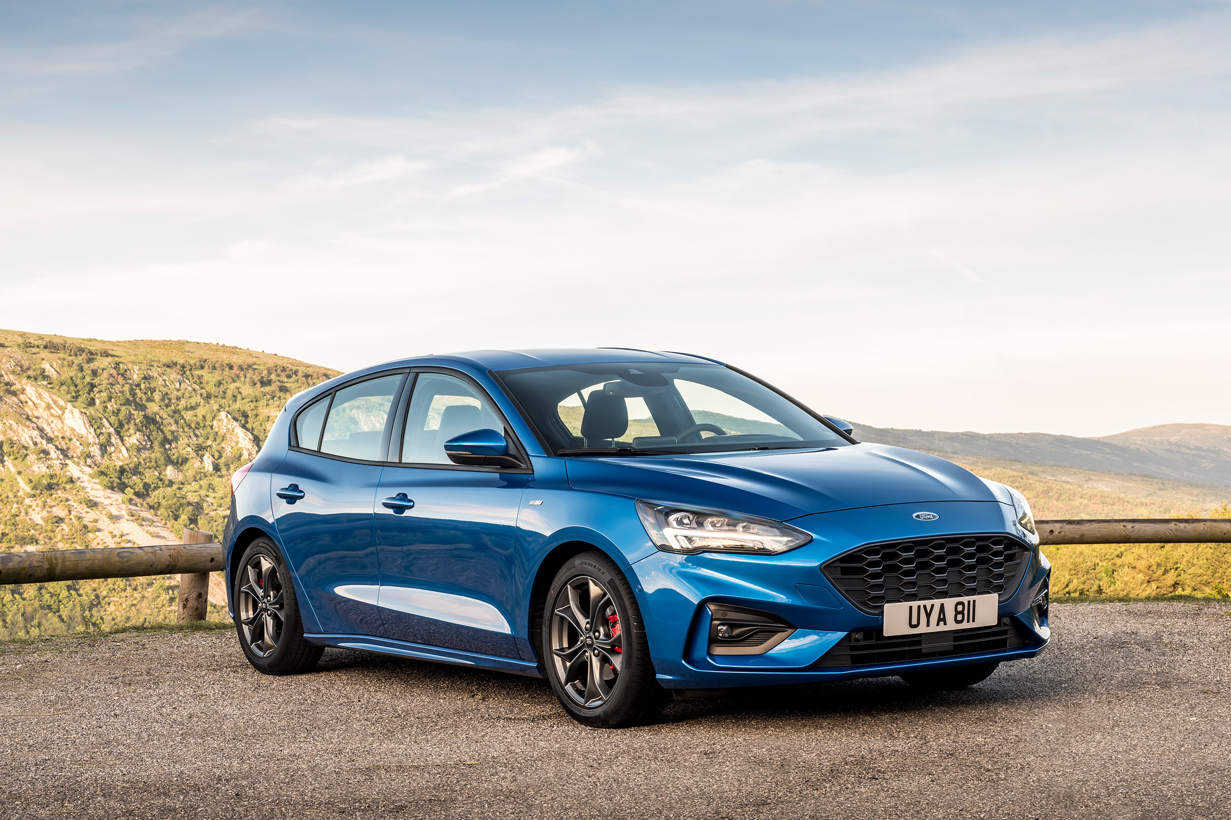 New Ford Focus ST-Line 2018 review – can it beat the VW Golf