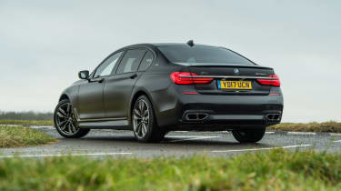 BMW M760Li xDrive - Rear