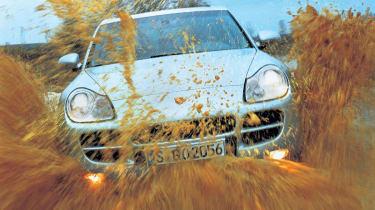 Porsche Cayenne off road mud