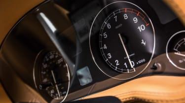 Ferrari 550 Maranello tach