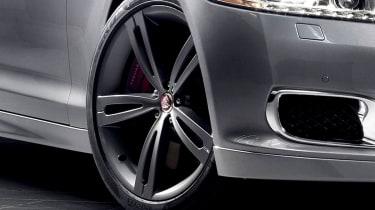New Jaguar XJR alloy wheel