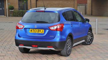 Suzuki SX4 S-Cross boost blue rear