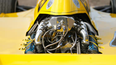 Renault RS01 - engine