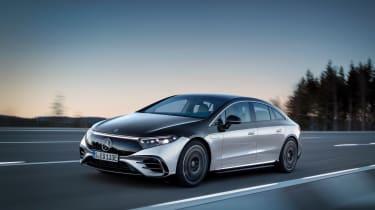Mercedes-Benz EQS – front tracking