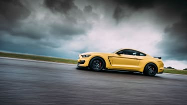 Ford Mustang Shelby GT350R - Side