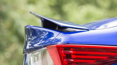 Lexus RC F - Spoiler