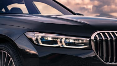 BMW 7-series review - headlights