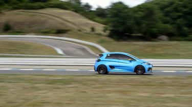 Renault Zoe E-Sport - side profile