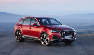 Audi Q7 facelift - front quarter