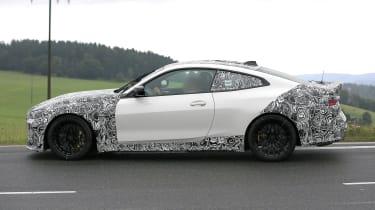 BMW M4 CSL spy 2021 – 13