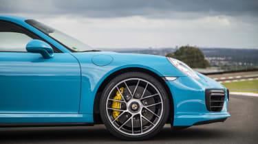 991.2 Porsche 911 Turbo S - wheel 2