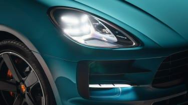 Porsche Macan – headlight