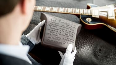 Rolls-Royce Wraith Inspired by Music - headrest