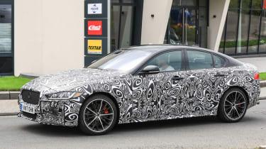 Jaguar XE R - side