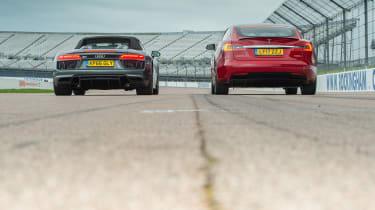 Tesla v R8 - rear