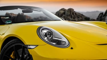 991.2 Porsche 911 Speedster - lighting