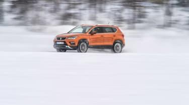 SEAT Ateca snow side profile