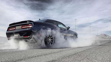Dodge Challenger SRT Hellcat wheelspin