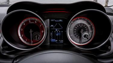 Suzuki Swift Sport - dials