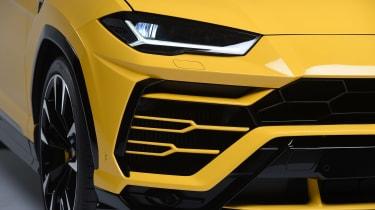 Lamborghini Urus – headlight