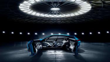 Peugeot Instinct Concept - side doors open