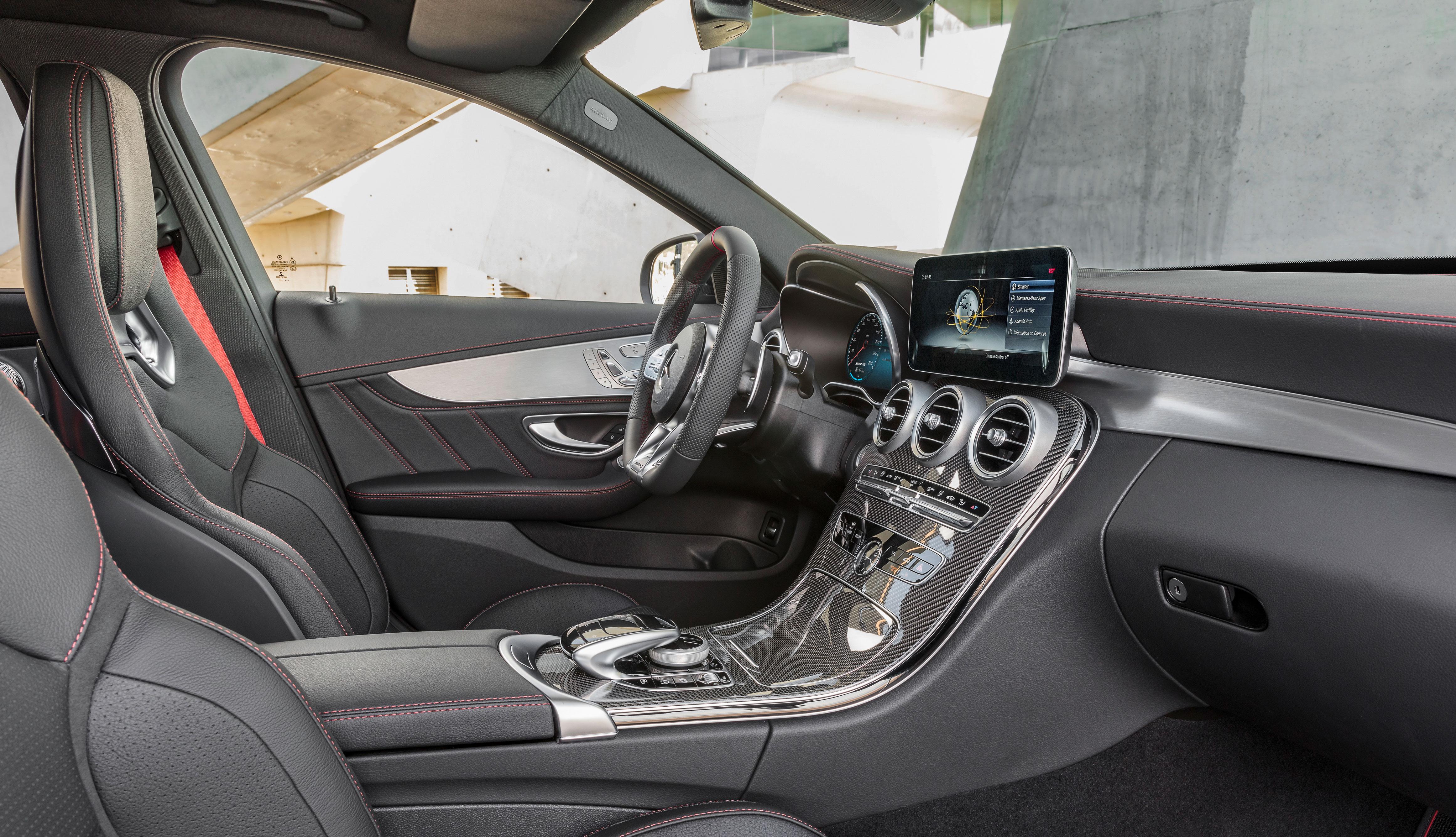 2018 Mercedes-AMG C 43 facelift – AMG's junior saloon