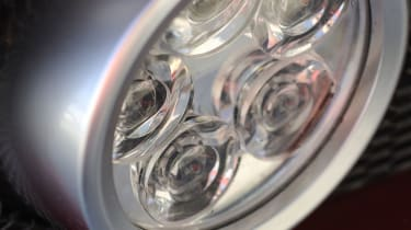 Alfa Romeo 8C Spider light
