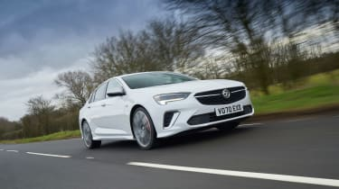 Vauxhall Insignia GSi – low tracking