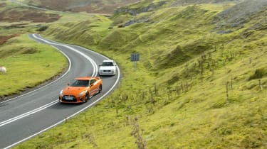 GT-R vs Quattro - GT-R