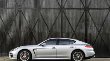 New Porsche Panamera Turbo side profile