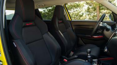 Suzuki Swift Sport – front row