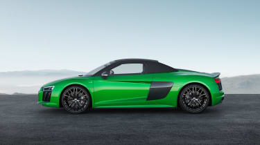 Audi R8 Plus Spyder - profile roof up