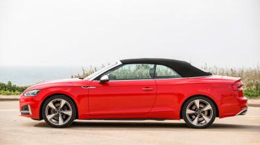 Audi S5 Cabriolet - side roof up
